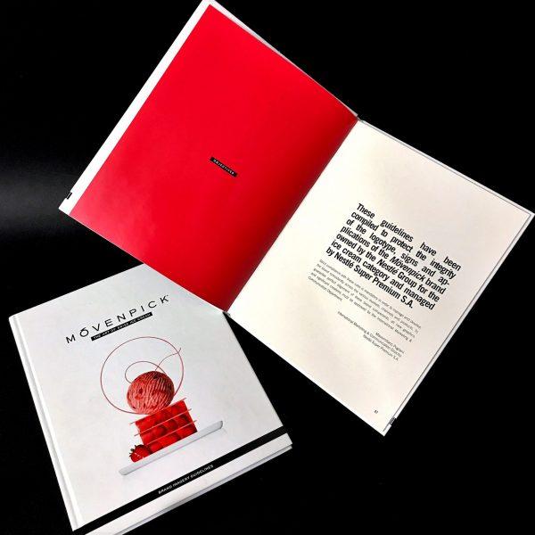 Brand identity guide cartonato 17 x 23 copertina plastificata + UV, brossura cucita, 500 pcs