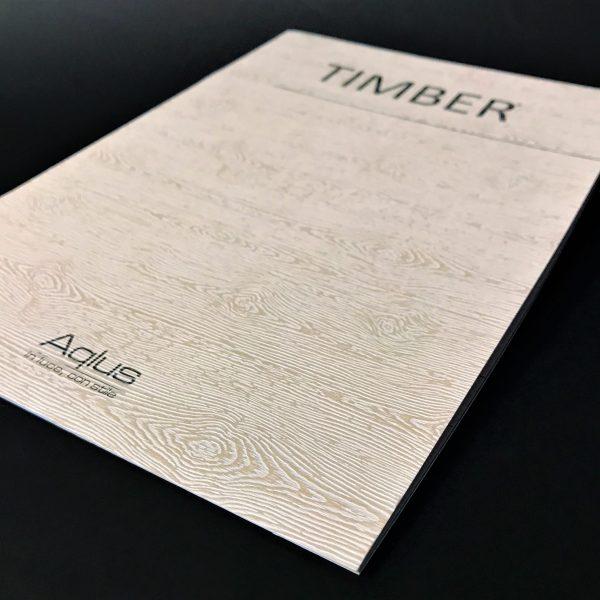 Catalogo 24 pagine copertina simil legno sbiancato con venature, punto metallico , 1.000 pcs