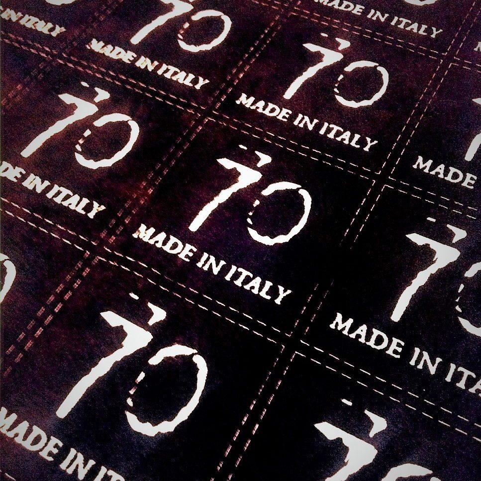 Etichette Capo, stampa serigrafica su pelle scamosciata, 2.500 pcs